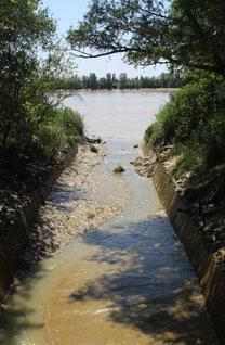 La Virvée à sa confluence avec la Dordogne